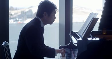 不器用なお父さんが娘の結婚式でピアノを弾いた理由