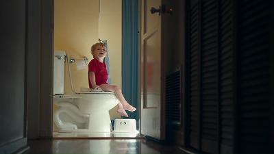 トイレから呼びかける男の子
