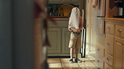 服が上手に着られない子