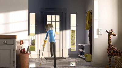 松葉杖を使い歩く片脚の男の子